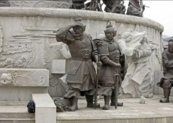 新疆圆雕11